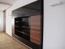 nowoczesna-biblioteczka-czarny-lakieri-fornir-1