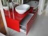 nowoczesne-meble-lazienkowe-czerwona-szafka-3