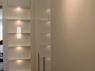nowoczesna-szafa-lakierowana-w-polysku-z-oswietleniem-diodami-led-1