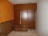 szafa-fornirowana-nowoczesne-pomieszczenie-1