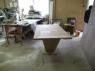 montaz-stolu-na-stolarni